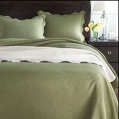 Whole Home®/MD 'Emily' Matelassé Bedspread Canada Shopping, Online Furniture, Bed Spreads, King Size, Mattress, Master Bedroom, Sweet Home, Appliances, Flooring