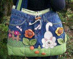 jean purse, would be so cute for my nieces Jean Crafts, Denim Crafts, Jean Purses, Purses And Bags, Bag Quilt, Sacs Tote Bags, Sewing Crafts, Sewing Projects, Denim Purse