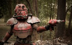 Post with 8585 views. Fallout Concept Art, Fallout Art, Fallout New Vegas, Cosplay Ideas, Costume Ideas, Costumes, Fallout Cosplay, Tactical Wear, Random Stuff