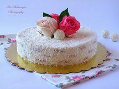 Вкуснотека: Торта Рафаело с бисквити