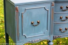 Distressing Furniture with Chalk Paint | ... chalk paint to achieve painted and distressed cottage style furniture