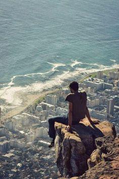 Contemplando la situación desde el borde del abismo...