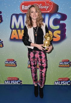 briget mendler radio disney music awards  | Bridgit Mendler poses backstage at the 2013 Radio Disney Music Awards ...