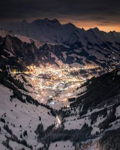 Adelboden Switzerland  Especially known for its ski area Adelboden-Lenk in which the alpine ski world championship FIS takes place. Who should take you there right now?   @sassychris1 | #remotespots