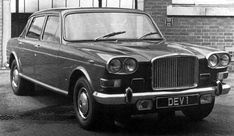 Another rejected Vanden Plas proposal, this time on the Austin 3 Litre. In those days a new grille and some fake wood inside designated the top model in the range! Vintage Cars, Antique Cars, Princess Car, Austin Cars, Classic Cars British, Old Lorries, Car Advertising, Commercial Vehicle, Rolls Royce