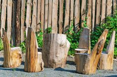 19 Creative Ways of Turning Logs And Stumps Into Garden Furniture Log Furniture, Unique Furniture, Furniture Making, Garden Furniture, Living Furniture, Furniture Ideas, Garden Ideas With Logs, Tree Stump Table, Tree Stumps