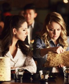 who is bo dating on lost girl