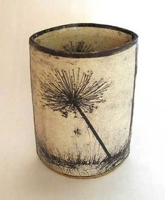 Annabel Faraday [dandelion, Taraxacum officinale, Asteraceae] click now for info. Ceramic Design, Ceramic Decor, Ceramic Clay, Pottery Mugs, Ceramic Pottery, Pottery Art, Tassen Design, Sculptures Céramiques, Hand Built Pottery