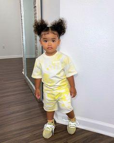 𝐒í𝐞𝐧𝐚 𝐏𝐫𝐞𝐬𝐥𝐞𝐲 𝐒𝗺𝐢𝐭𝐡 (@sienapresley) • Instagram photos and videos Little Kid Fashion, Cute Kids Fashion, Baby Girl Fashion, Toddler Fashion, Cute Baby Girl Outfits, Cute Outfits For Kids, Cute Baby Clothes, Cute Mixed Babies, Cute Babies