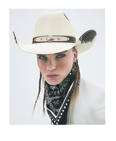 Via // 《Romance Hunter《《🔹️ Black Cowgirl, Cowboy And Cowgirl, Cowgirl Style, Cowboy Hats, Cowgirl Chic, Cow Girl, Gaucho, Plus Size Cowgirl, Rodeo