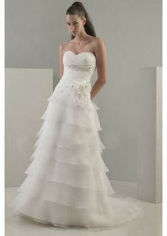 Organza Strapless Sweetheart Neckline With Symmetrical Layers A-line Skirt And Chapel Train 2011 Corset Bridal Wedding Dress WD0