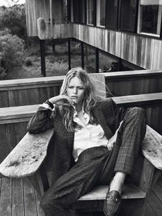 'Hamptons' Anna Ewers by Josh Olins for Vogue Paris October 2013 [Editorial] - Fashion Copious