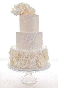 Wedding Cakes that are Elegantly Simple; via Cakes 2 Kreate