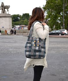 Two tone Messenger  bag Amy wool white and black / by ikabags