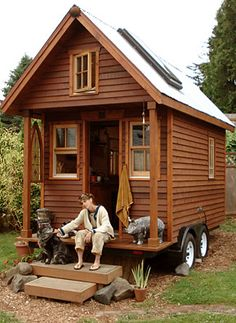 Little Houses On Wheels in my opinion ,this is the best tiny house ever | self sufficiency
