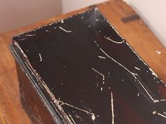 Small Vintage Metal Box Thumbnail