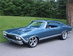 1968 Chevrolet Chevelle Malibu - My favorite car - I had a 69 Chevy Malibu Chevrolet Chevelle, Chevrolet Malibu, Chevrolet Bel Air, Chevrolet Auto, Old Muscle Cars, Chevy Muscle Cars, American Muscle Cars, American Racing, Classic Muscle Cars