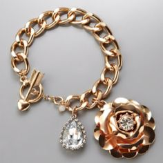 BETSEY JOHNSON Large Rose Charm Bracelet