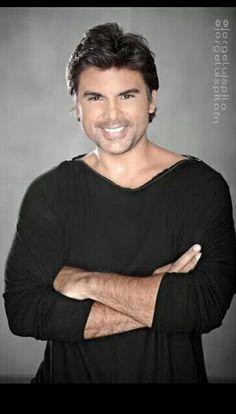 Ya vieron a JORGE LUIS PILA @jorgeluispila !! Ya inicio nuevo proyecto en Telemundo!! EN OTRA PIEL Drama Series, Look Fashion, Itunes, Love Story, Sexy Men, Beautiful People, Dancer, Celebs, Actors