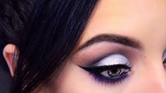 ❤︎❤︎ Maquillaje Plata con un Pop de Color ❤︎❤︎ Silver Smokey Eyes Tutorial