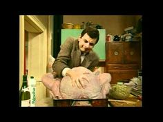 HAHAHA!!!!  Hilarious Christmas Video!    Mr Bean - Christmas Turkey