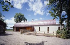 Residential Architectural Projects - Aughey O& Dublin Farmhouse Architecture, Roof Architecture, Dublin, House Designs Ireland, Old Country Houses, Contemporary Barn, Rural House, Ireland Homes, Garden Studio