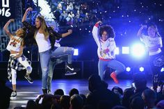 Pin for Later: Ciara and Russell Wilson Prove They're Young at Heart at the Kids' Choice Sports Awards