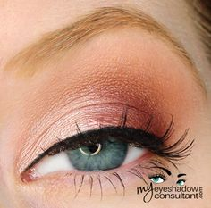 MAC eyeshadows used: Jest (inner half of lid) Cranberry (outer half of lid) Texture (crease) Blanc Type (blend)