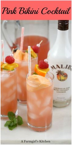 Pink Bikini Cocktails are a sweet and tropical tasting cocktail that .Pink Bikini Cocktails are a sweet and tropical-tasting cocktail that . - Drinks - Bikini Cocktail Cocktails der Drinks The Cosmopolitan - A Modern Malibu Cocktails, Sweet Cocktails, Easy Cocktails, Craft Cocktails, Easy Alcoholic Drinks, Alcholic Drinks, Liquor Drinks, Good Bar Drinks, Breakfast Alcoholic Drinks