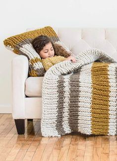 I know a snuggler who'd love this made for her...