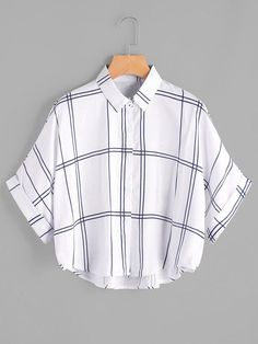 Young Casual Plaid Shirt Oversized Collar Half Sleeve Batwing Sleeve and Roll Up Sleeve White Grid Print Dip Hem Cuffed Blouse Girls Fashion Clothes, Teen Fashion Outfits, Dress Fashion, Fashion Fashion, Fashion Ideas, Vintage Fashion, Fashion Tips, Fashion Trends, Crop Top Outfits