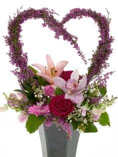 Floral Design Institute | Hearts-a-Flutter | Hearts-a-Flutter