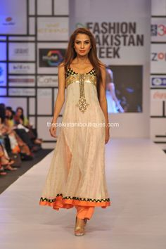 Ayesha Farook Hashwani & Pinx at #Fashion #Pakistan Week (FPW) 2012