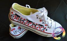 Motive traditionale romanesti - Tenisi pictati   Piticool, handmade Diy And Crafts, Sneakers, Shoes, Design, Fashion, Tennis, Moda, Slippers, Zapatos