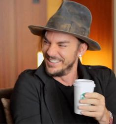 Shannon Leto Love this smile