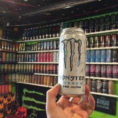 Filles Monster Energy, Monster Energy Girls, Love Monster, Aesthetic Colors, Bad Girl Aesthetic, Aesthetic Grunge, Aesthetic Pictures, Bebidas Energéticas Monster, Monster Pictures