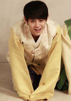 Yang Yoseob(BEAST) in Korean traditional costume