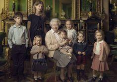 Pour ses 90 ans, la reine pose avec Charlotte, George et tous les enfants royaux