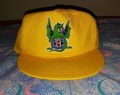 4755e8c6ab69a COOL 90 s VINTAGE Yellow Snapback Hat Green Dragon Adjustable Cap 1990 s  1980 s