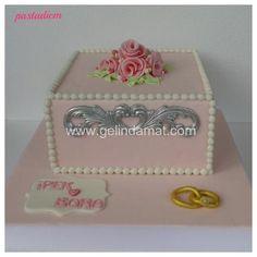 Pastadiem Nişan Pastası / Daha fazlası için (www.gelindamat.com) #pastadiem #butikpasta #kişiyeözelpasta #weddingcake #düğünpastafirmaları #butikpastacılar #söz #nişan #babyshower #doğumgünü #özelgünleriçinpasta #wedding