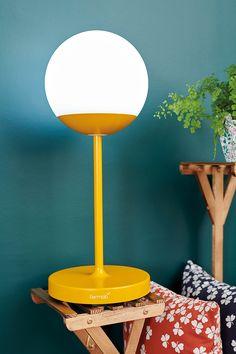 Combo Design is officieel dealer van Fermob ✓ Jouw tuinverlichting van Fermob makkelijk te bestellen ✓ Gratis verzending (NL) ✓ Snelle levertijd Table Lamp, Design, Home Decor, Table Lamps, Decoration Home, Room Decor, Home Interior Design, Lamp Table