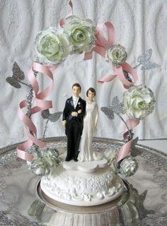 Items similar to Wedding Cake Topper Vintage Inspired handmade Carrieklein original on Etsy Wedding Sweets, Cool Wedding Cakes, Wedding Hats, Wedding Groom, Wedding Dresses, Retro Wedding Theme, Wedding Themes, Wedding Styles, Wedding Ideas