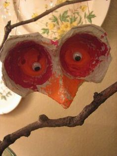 Egg Carton Birds Art and Crafts.  Tip:  Have bird books available for the kids to look at before they complete the craft