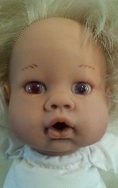 """Lee Middleton Doll 14"""" REVA 020400 Baby Doll Thumbsucker Pink Eyes Blonde"""