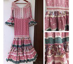 Trajes de flamenca exclusivos y a medida  carretasybueyes.blogspot.com.es Short Sleeve Dresses, Dresses With Sleeves, Boho Fashion, Womens Fashion, Fashion Bracelets, Summer Dresses, How To Wear, Clothes, Boho Style
