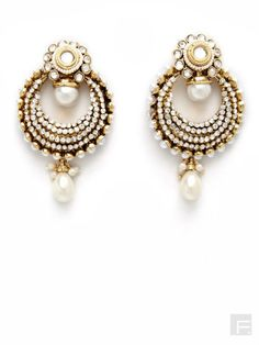 SIA // Circular Earrings With Pearl Insets