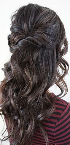 Our Favorite Wedding Hairstyles For Long Hair ❤ See more: http://www.weddingforward.com/favorite-wedding-hairstyles-long-hair/ #weddings