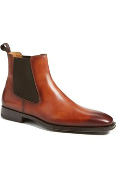 Main Image - Magnanni 'Sean' Chelsea Boot (Men)