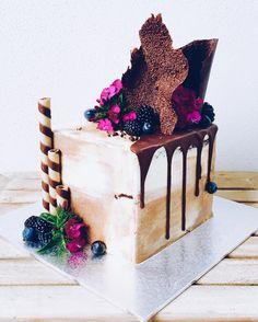 2016-12-01-15_10_09-whipped-cake-co-whippedcakeco-%e2%80%a2-instagram-photos-and-videos-%e2%80%8e-microsoft-edg