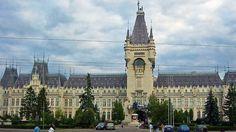 #Iasi 20 de poze frumoase cu orase din Romania (partea 1). Vezi mai multe poze pe www.ghiduri-turistice.info Sursa : www.flickr.com/photos/schlaus/